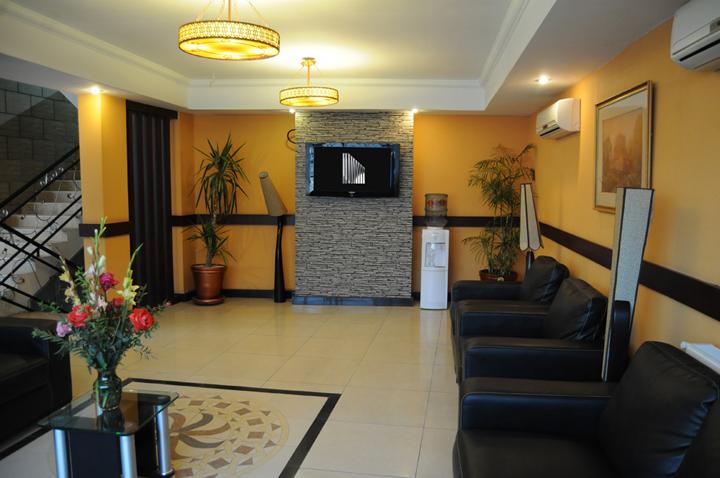 Emaraat Hotel Peshawar