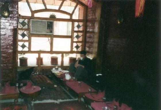 Khan klub Hotel